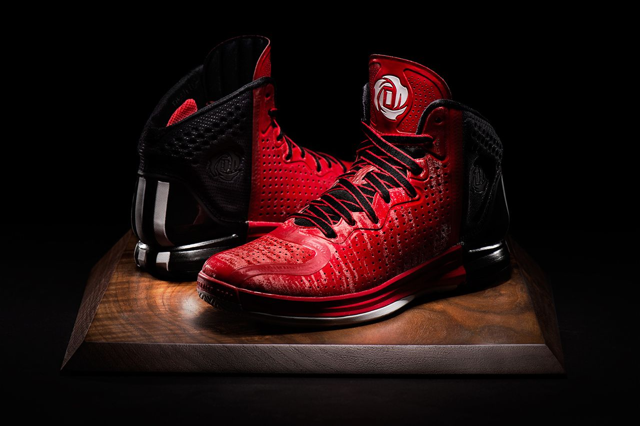 Pictures of the new derrick rose shoes