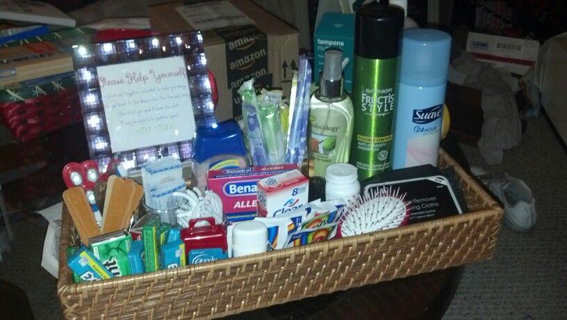 Women 39 s bathroom basket for wedding ideas pinterest for Bathroom basket ideas