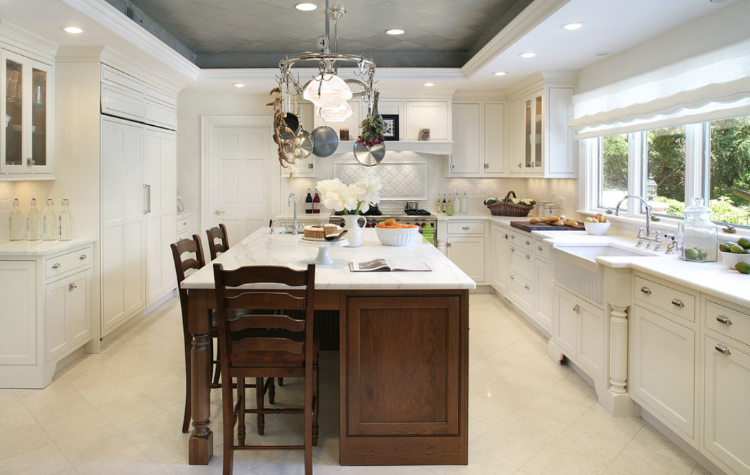 Two tone ceiling kitchen cathedral ceiling ideas pinterest for Kitchen designs with cathedral ceilings