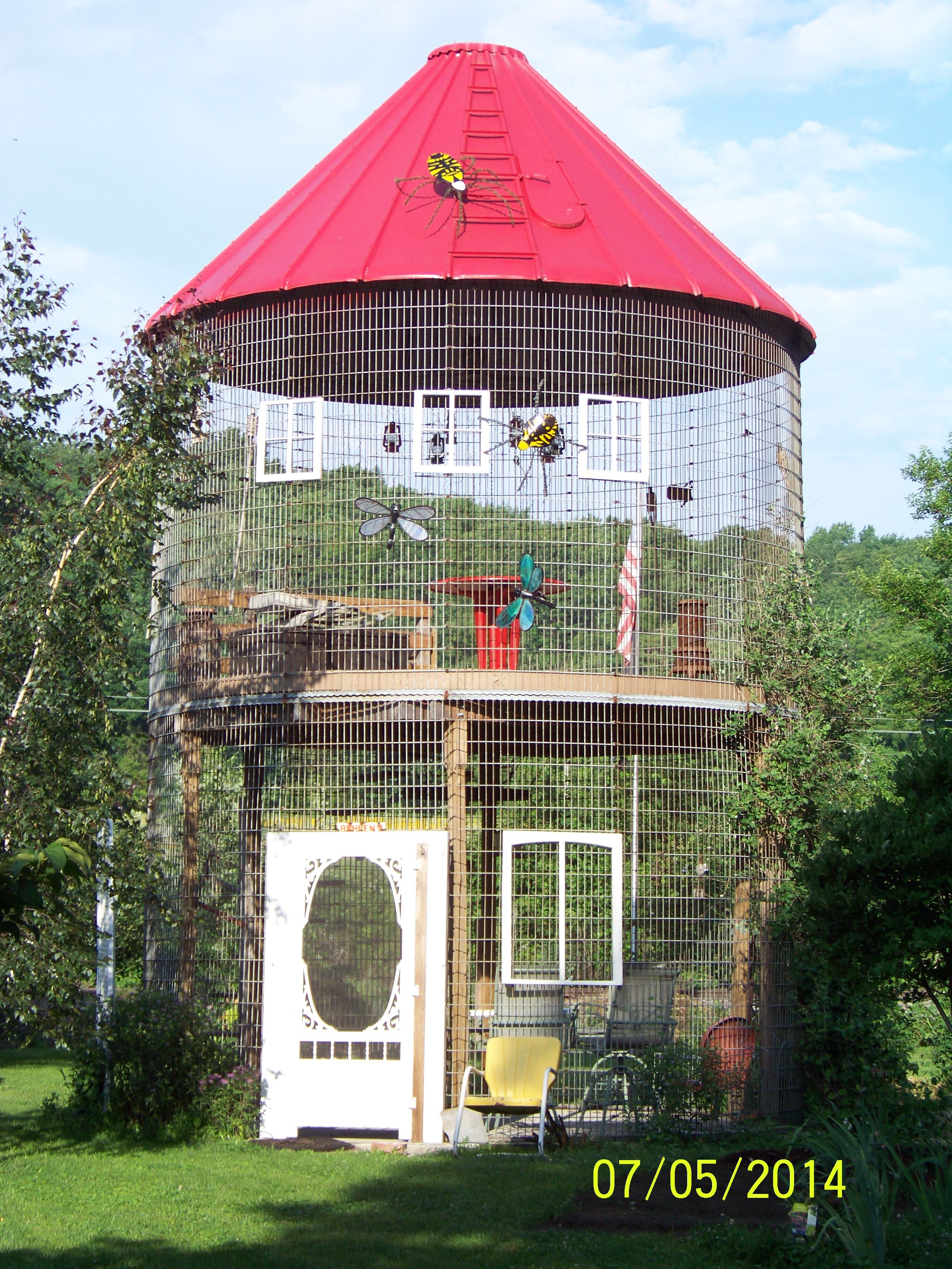 Gazebo cribs and the shorts on pinterest for Gazebo chicken coop