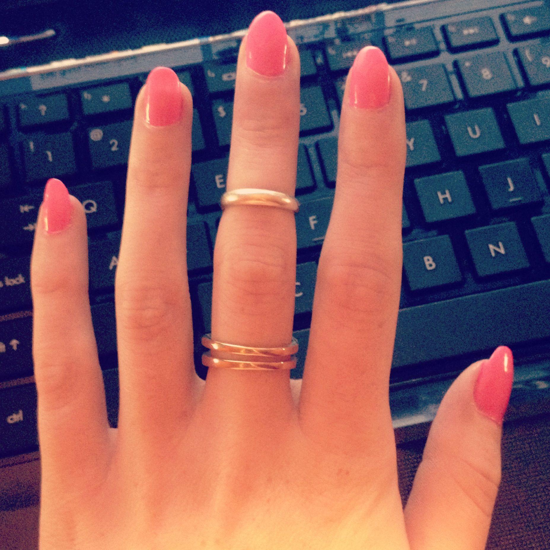 Light Pink Round Tip Nails