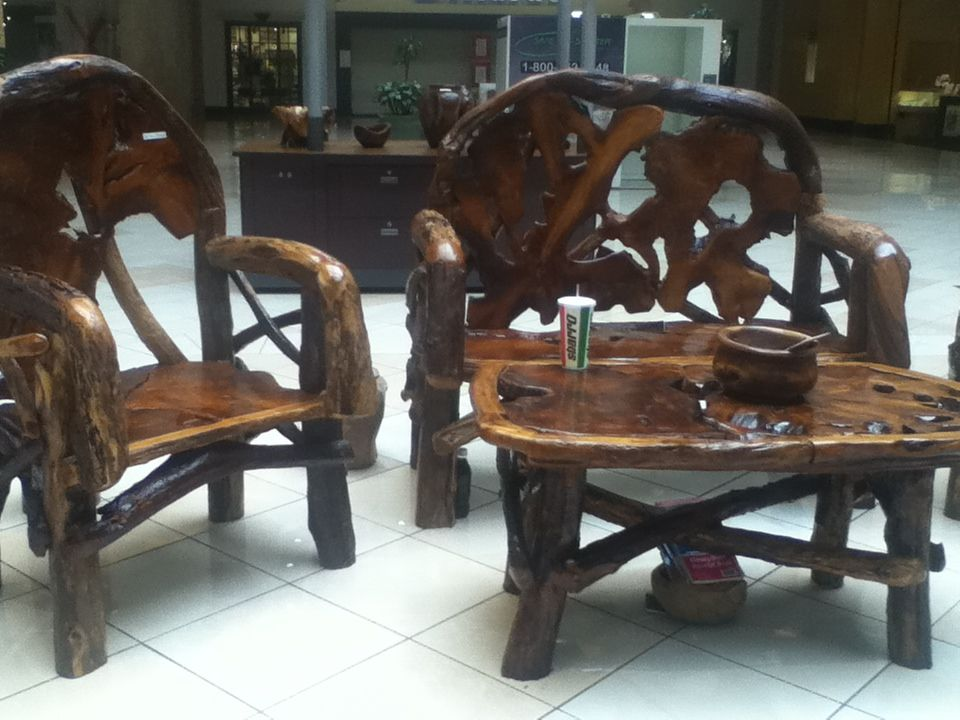 Tree trunk furniture for the home pinterest - Chair made from tree trunk ...