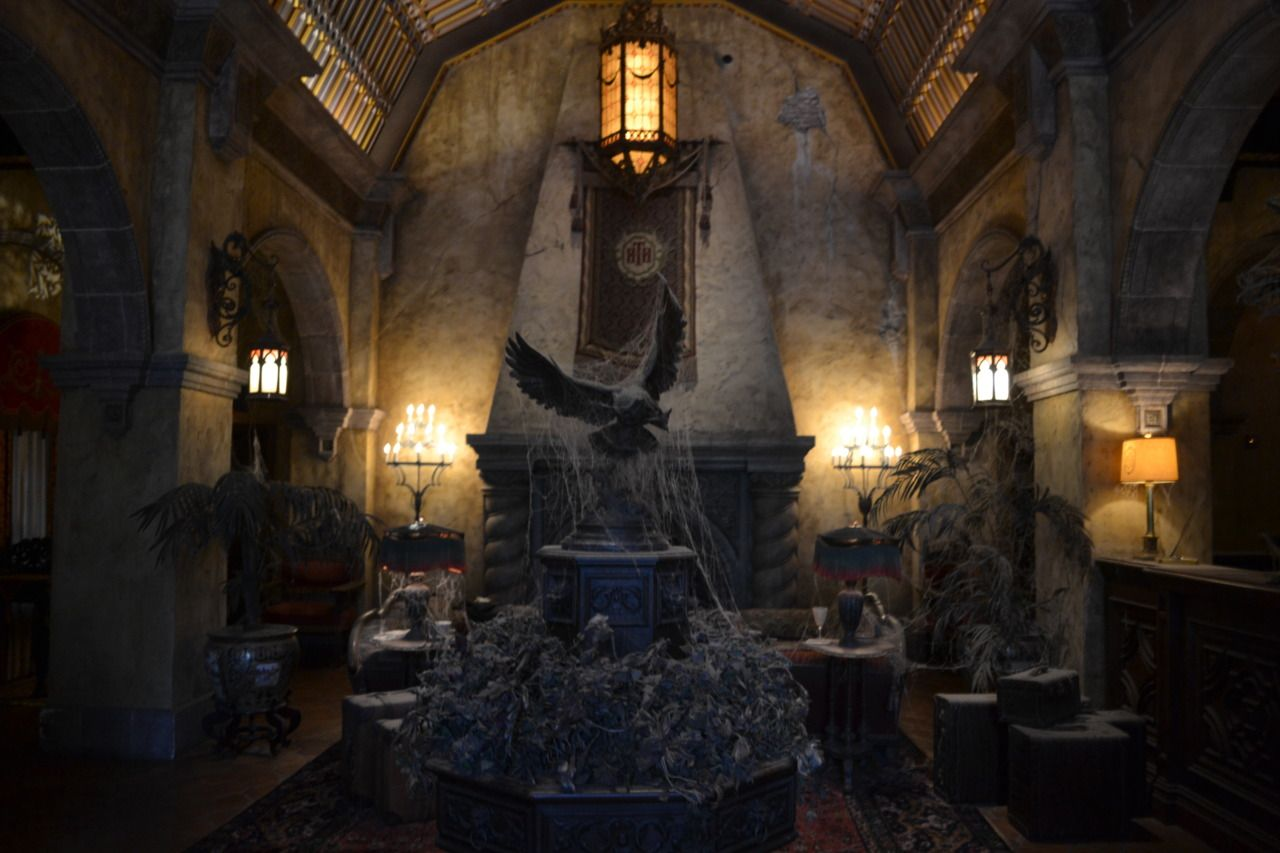 Tower of terror haunted room ideas pinterest for Haunted room ideas