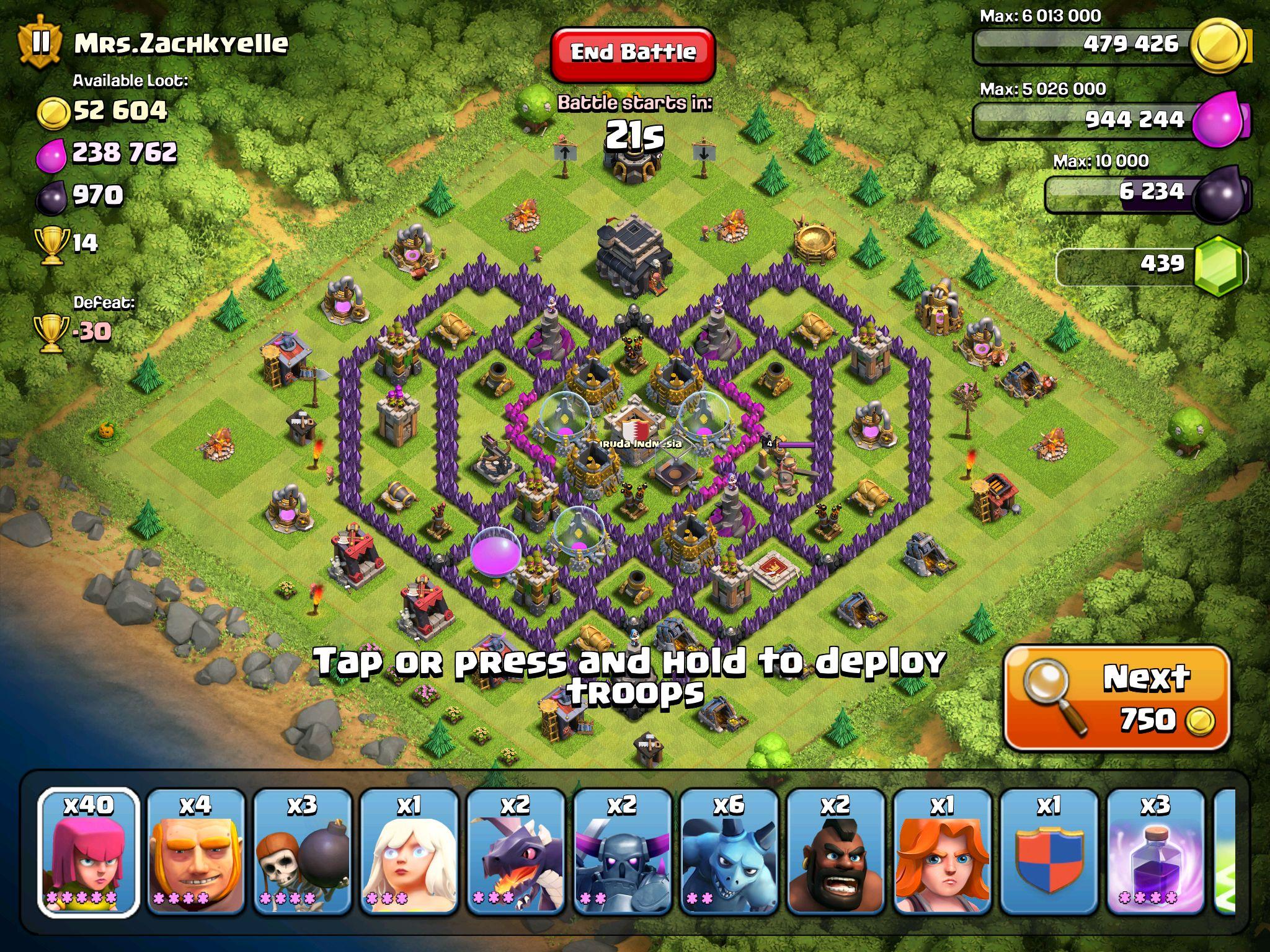 clash of clans base no defenses