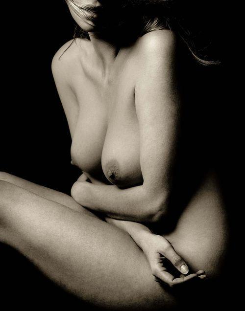 Big dick deep penetration on woman