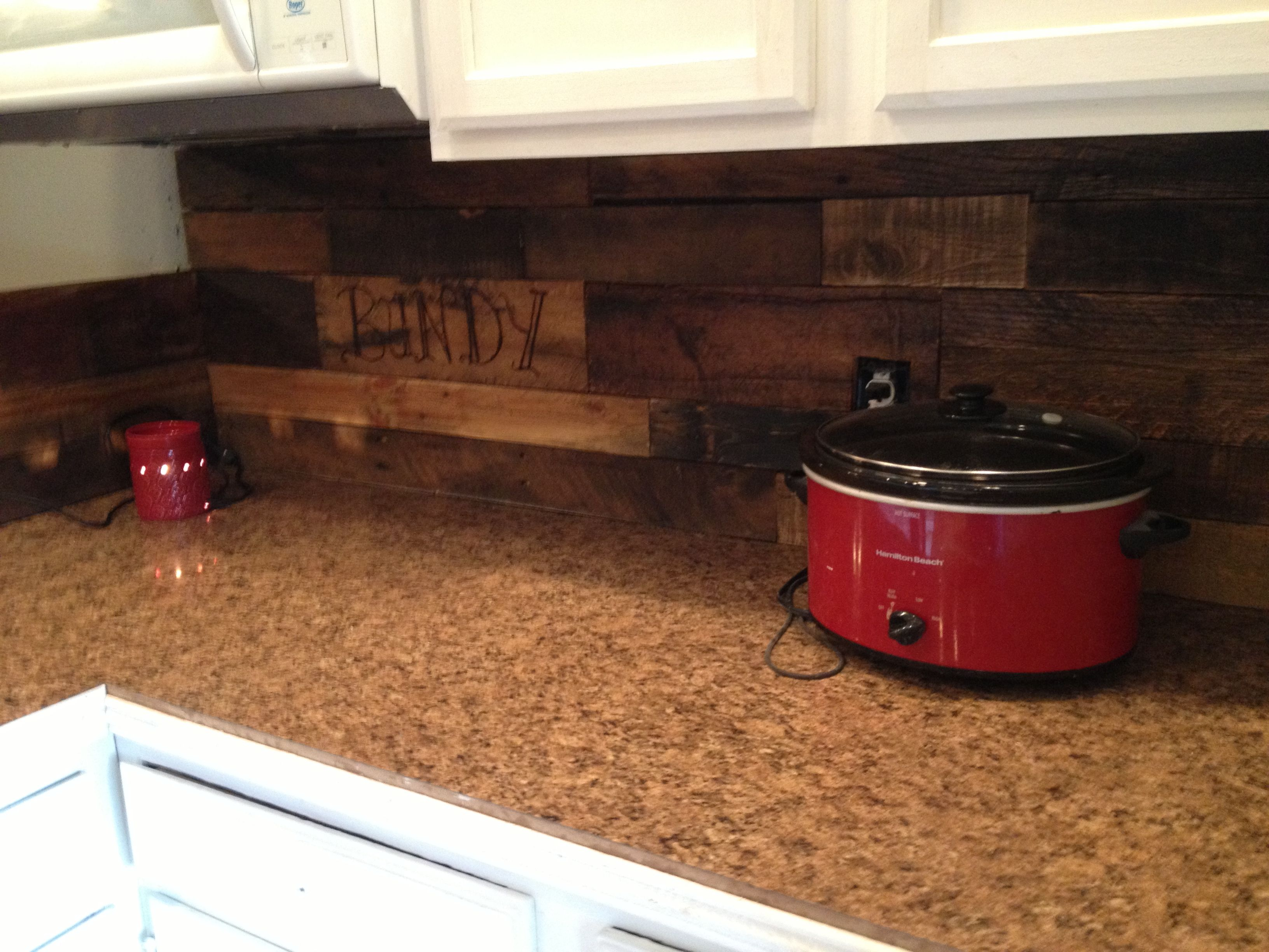 pallet wood kitchen back splash home pinterest