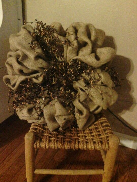 Primitive Wreath Made Out Of Burlap Home Decor And Craft Ideas Pinterest