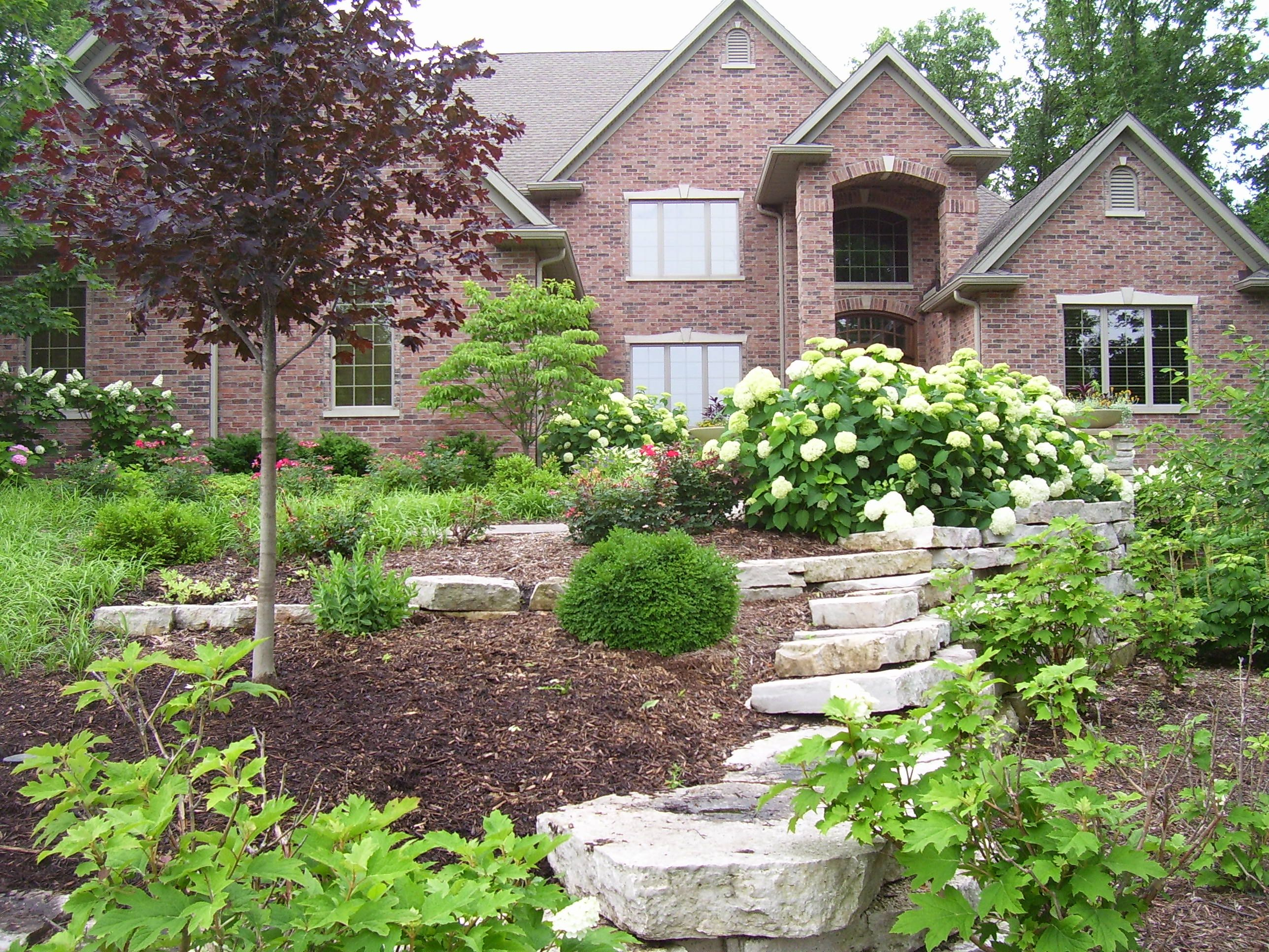 Front landscaping curb appeal pinterest for Curb appeal landscaping