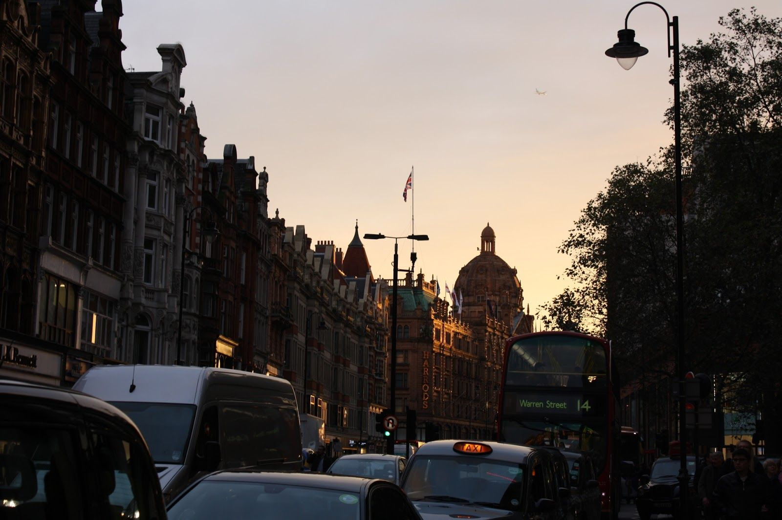 IMG_5477.JPG (1600×1064) | LONDON UK IN FIRST PERSON | Pinterest