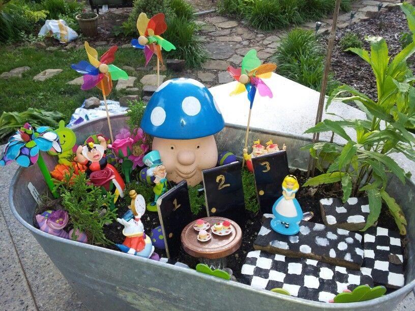 Alice In Wonderland Mini Garden Wonderland Gardens Pinterest