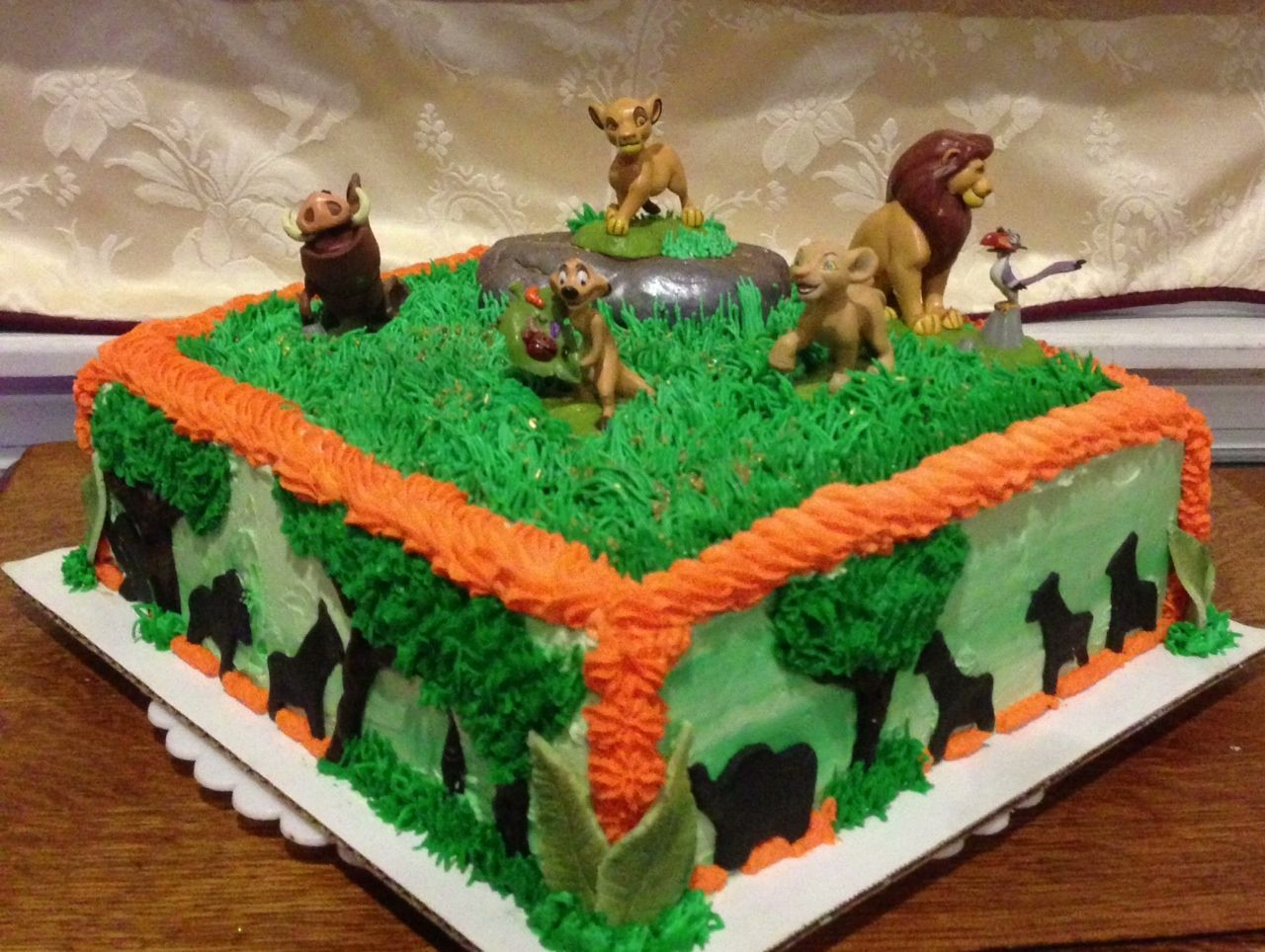 Lion King Cake Decoration Ideas : Lion King cake. Cakes Pinterest