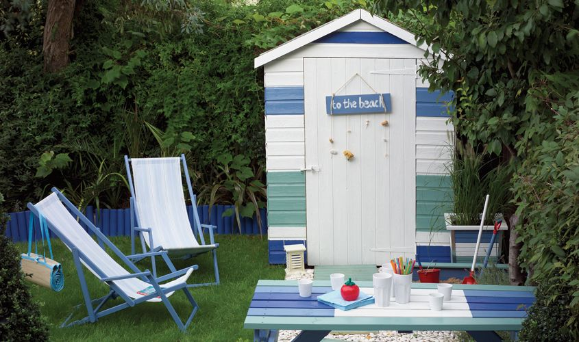 Beach hut shed shed ideas pinterest for Beach hut ideas