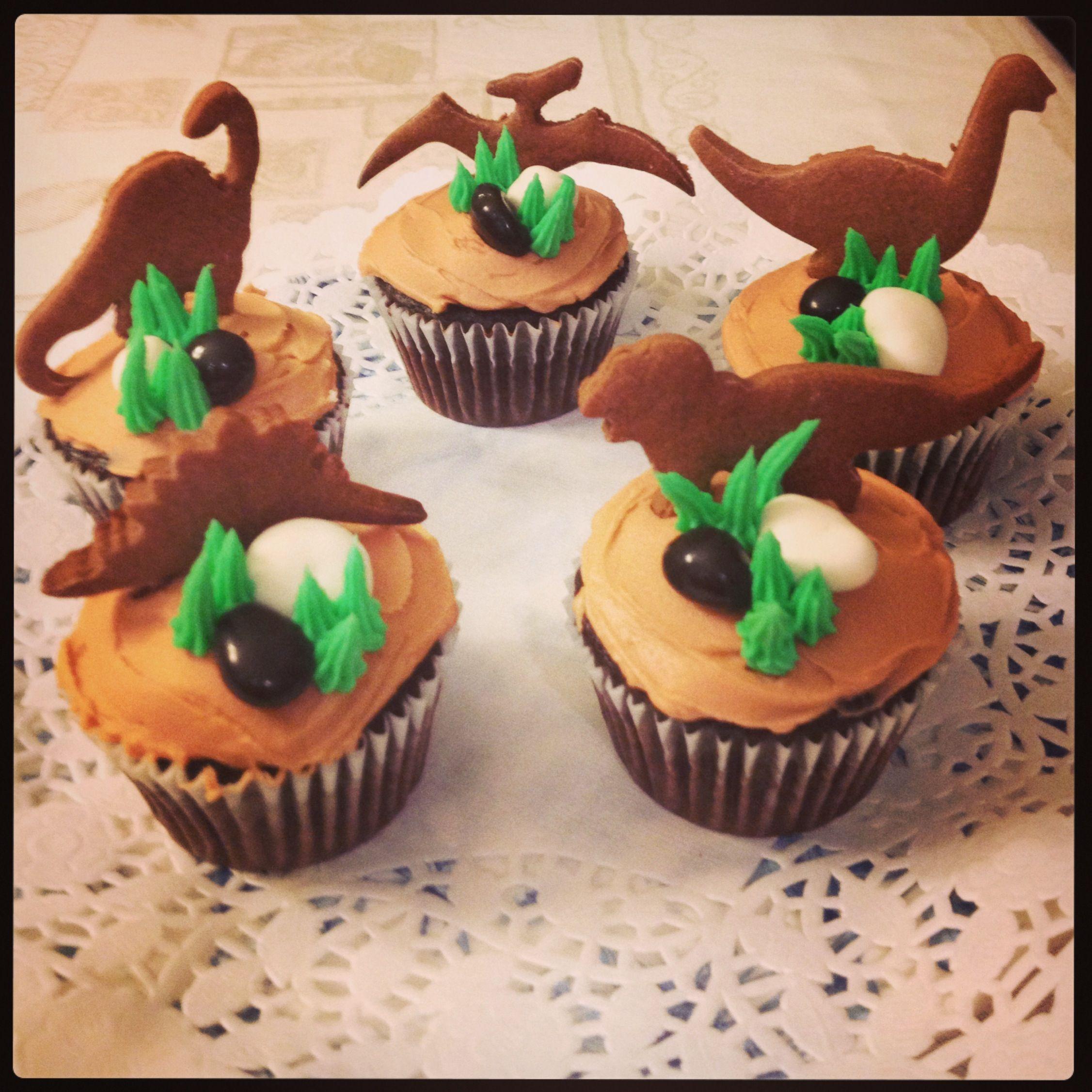 Dinosaur cupcakes  Dino party  Pinterest