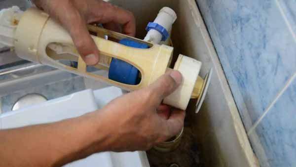 Mecanismo de doble pulsador evacuacion de cisterna