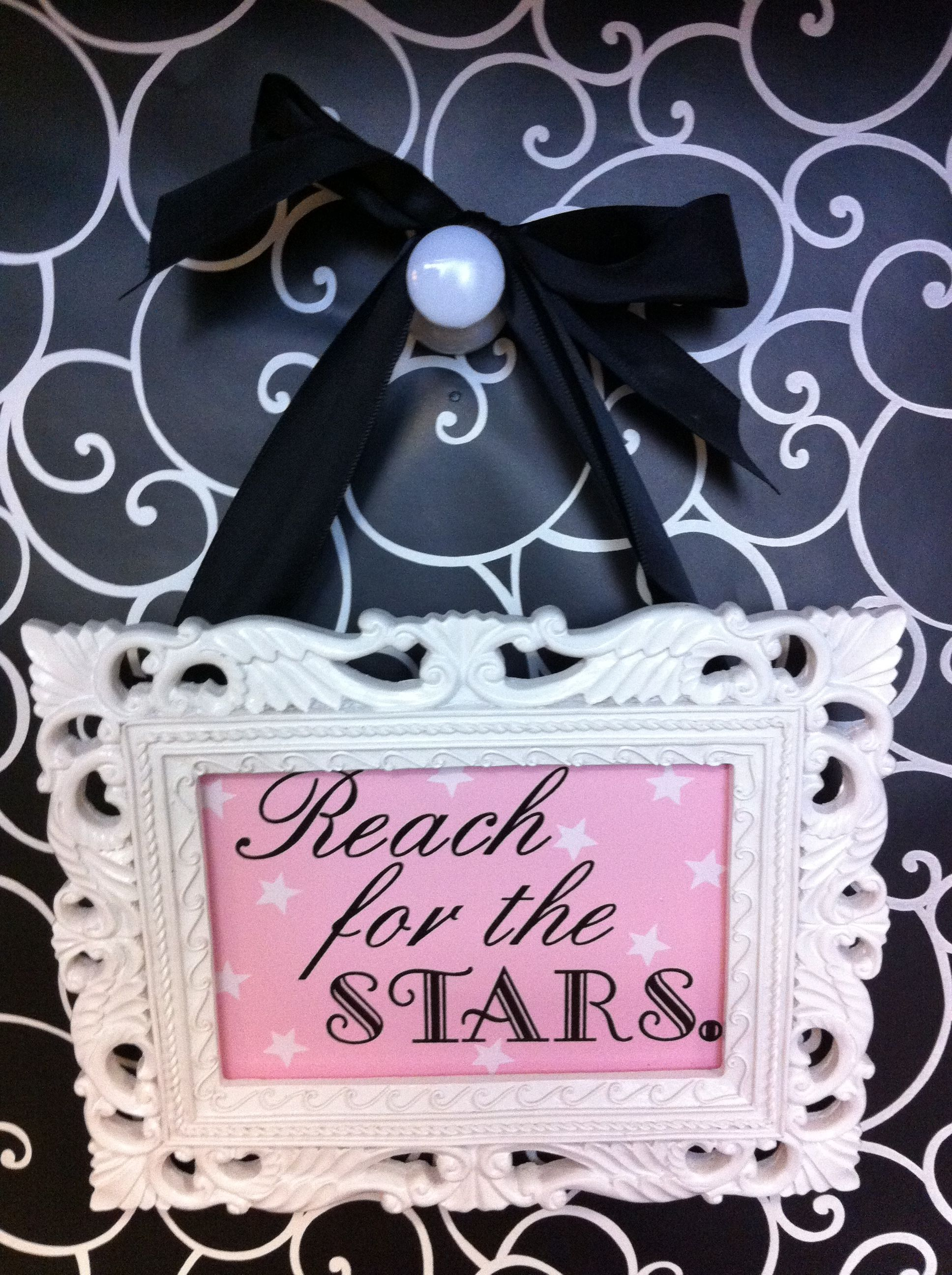 Reach for the stars cubicle wall decor creative for Cubicle wall decor