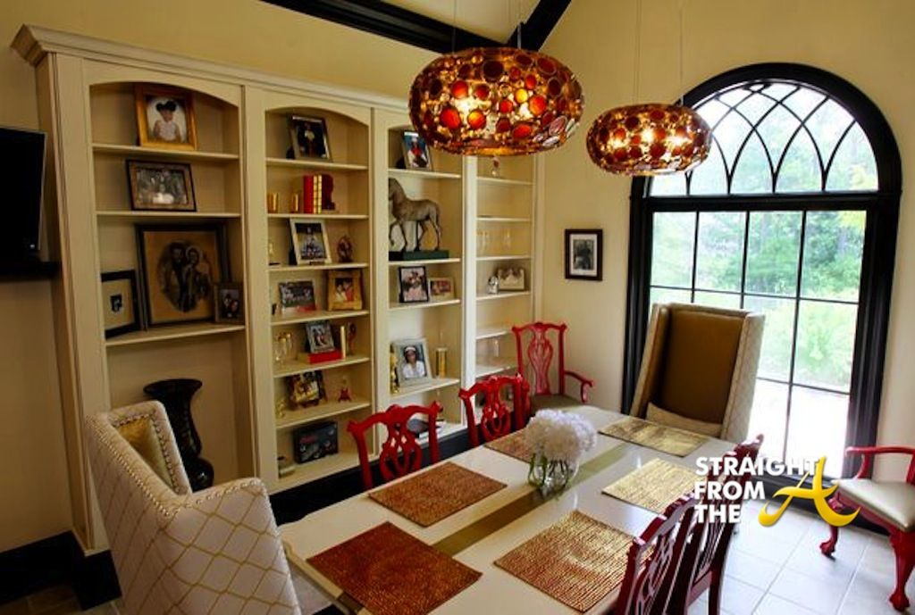 Dining area home decor pinterest for Pictures for dining area