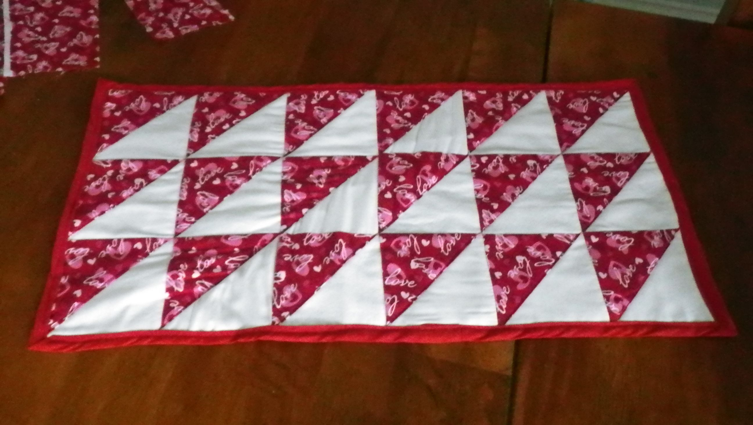 Pinterest Quilting Table Runners : Quilted table runner Sewing, Quilting, & Crochet Pinterest