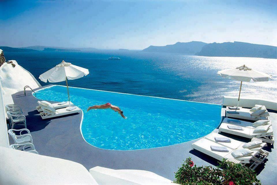 Santorini greece beautiful landscapes places pinterest for Piscine de reve