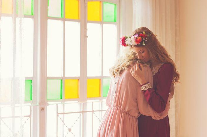 Vintage, 'Sisterhood' - fotografia artystyczna w wykonaniu Alby Soler