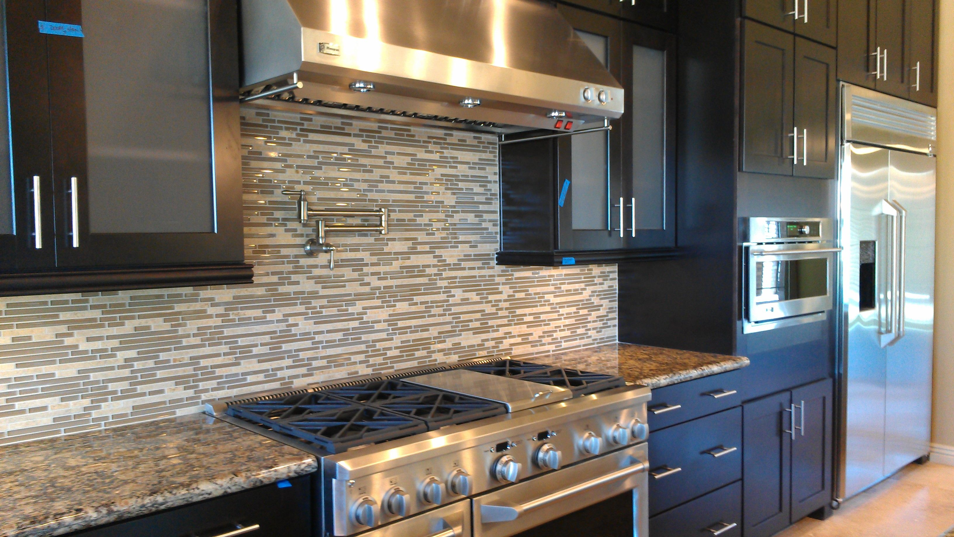 Commercial grade kitchen appliances a country kitchen - Commercial kitchen appliance ...