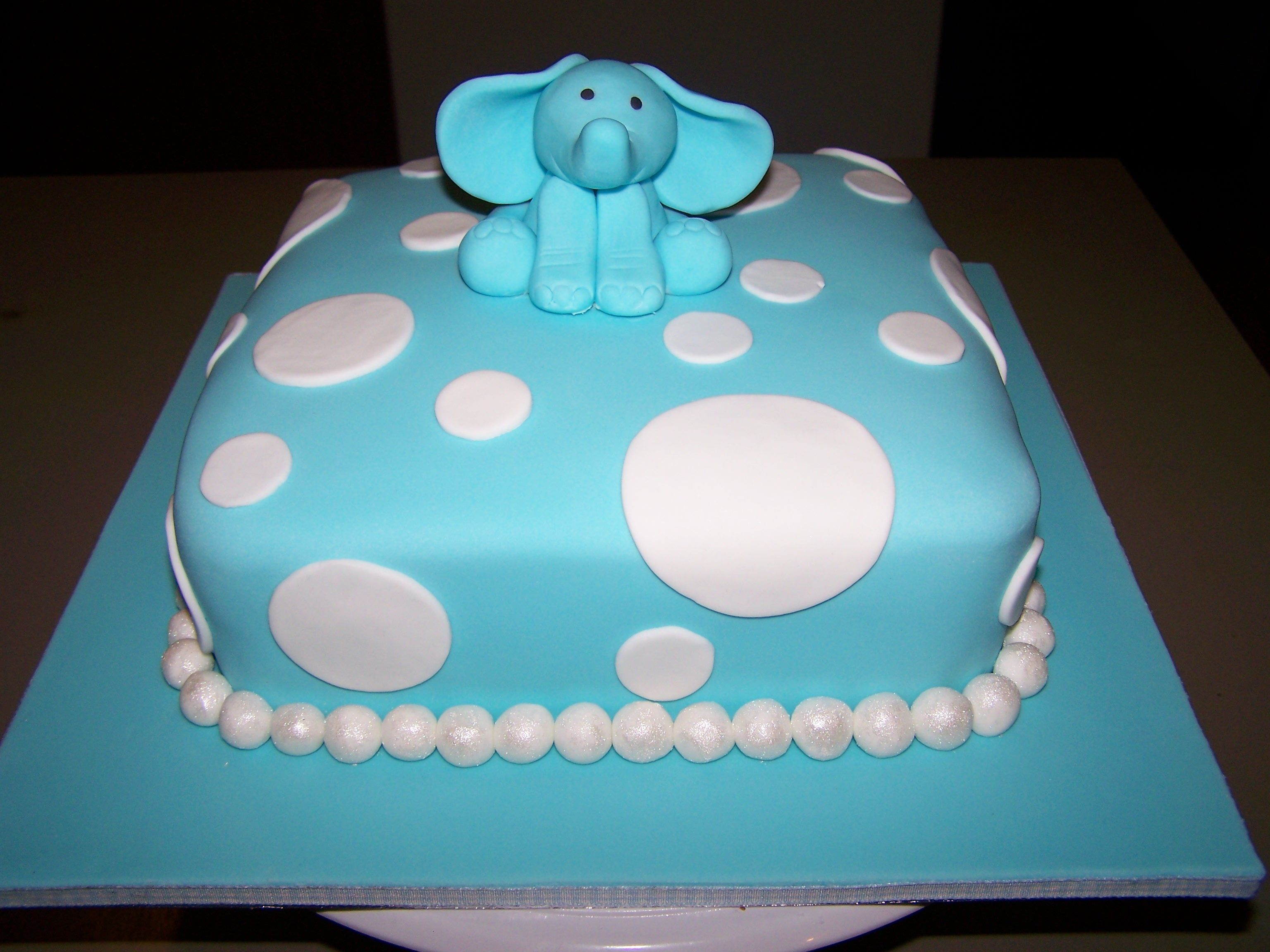 Baby Elephant Cake Decoration : Elephant baby shower cake Cake decorating ideas Pinterest