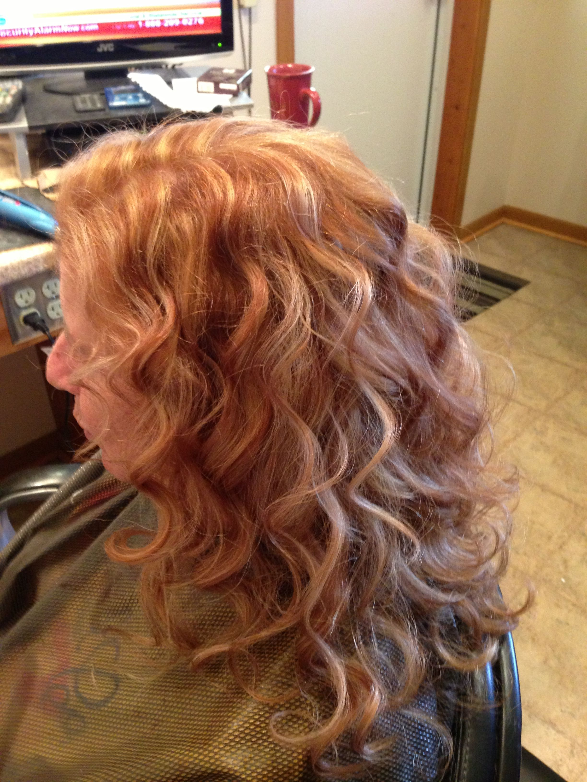 Strawberry blond with blonde highlights hair pinterest