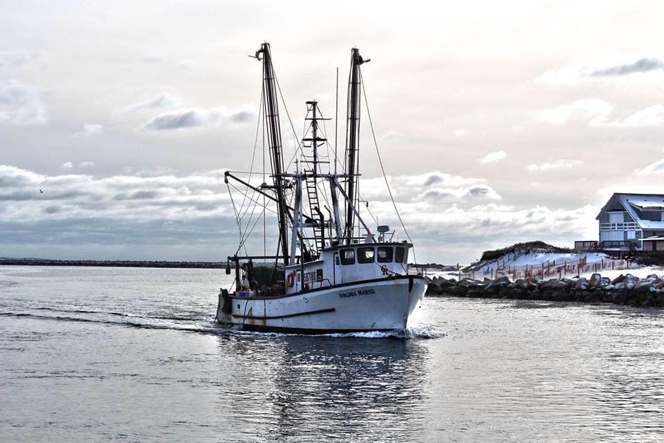Fishing boat rhode island pinterest for Fishing in rhode island