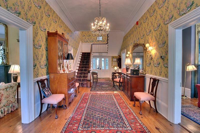 Victorian Hallway | Victorian Lady | Pinterest