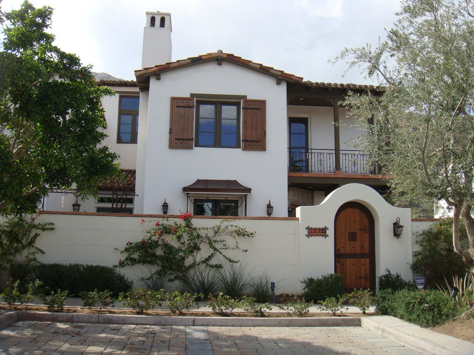 Spanish style spanish style homes pinterest for Mission homes