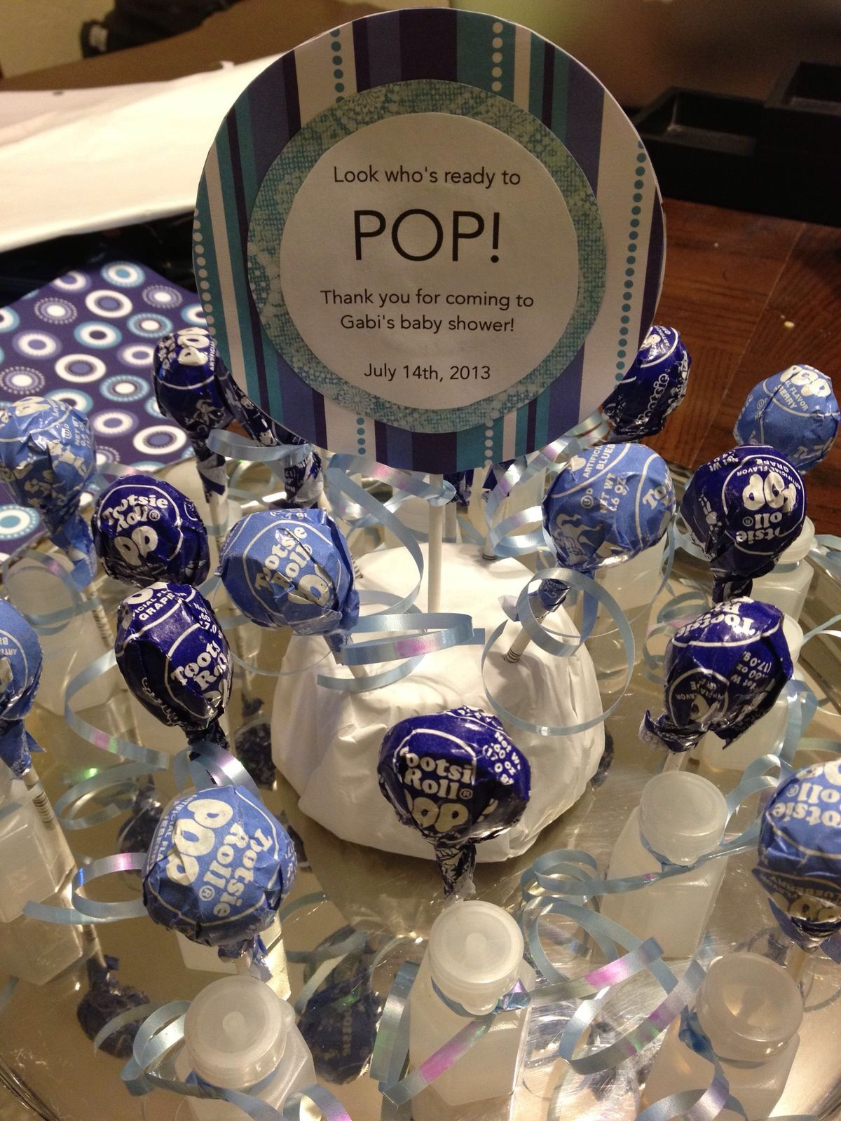 Tootsie blow pops baby shower pinterest - Popular boy baby shower themes ...