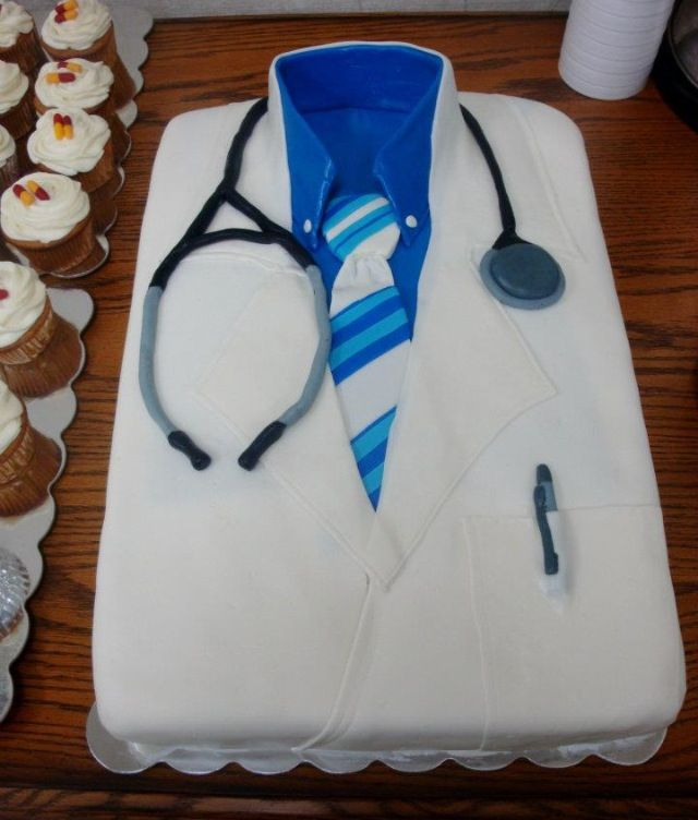 Doctor cake!! Medical school graduation Pinterest