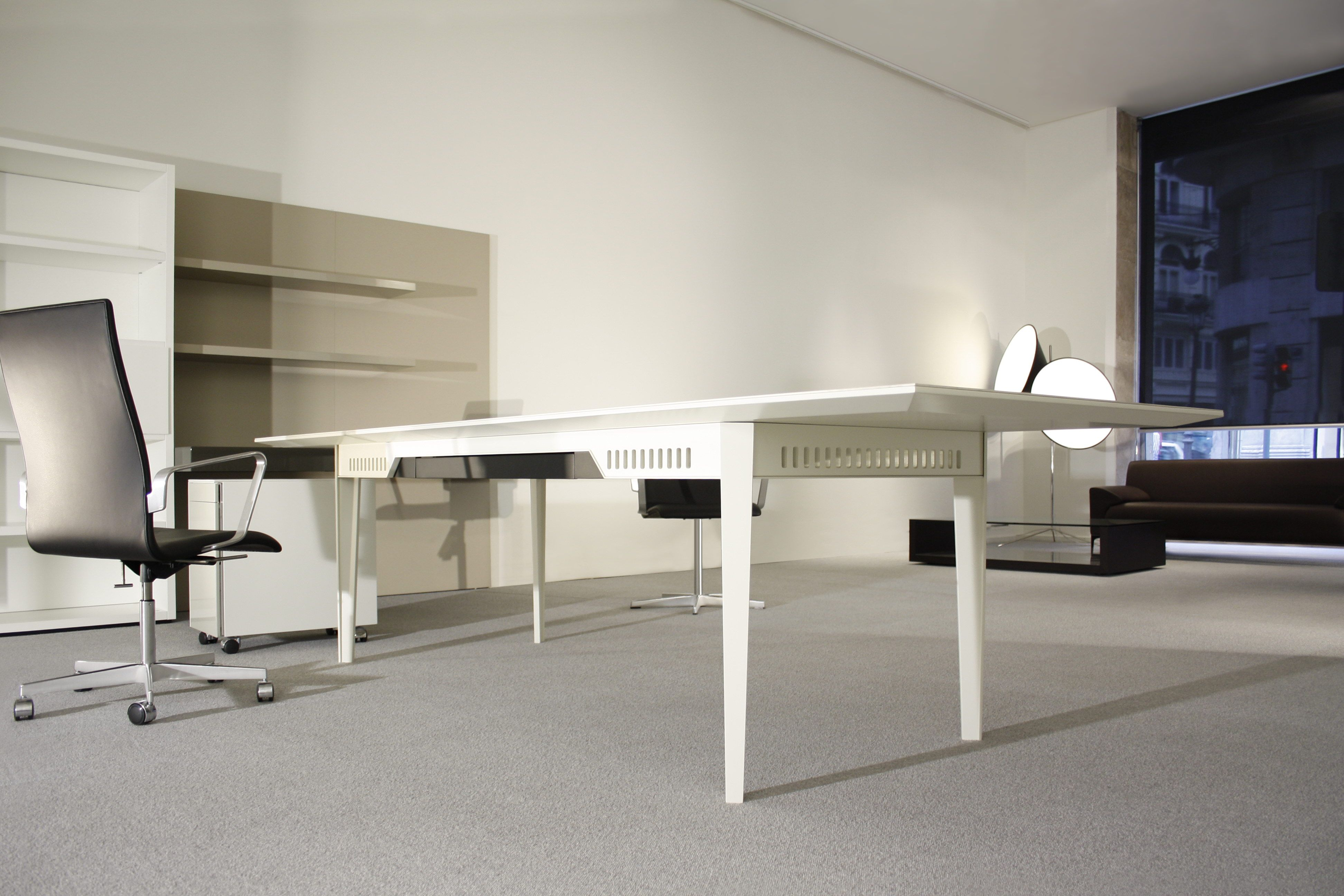 martinete by www.jmm.es FURNITURE# DESK# Executive # home office#… #3F5A8C 3888x2592