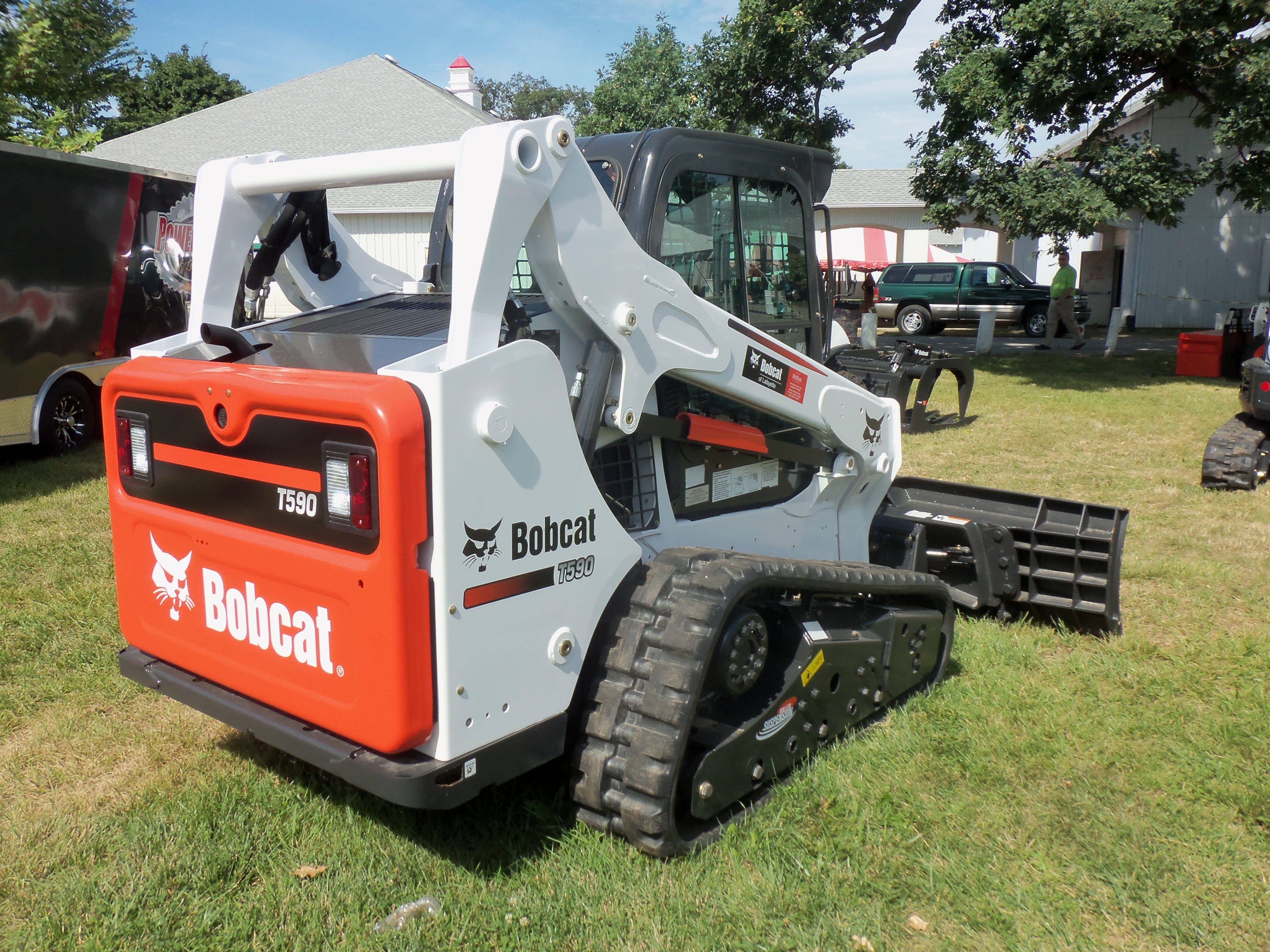 Bobcat Rear Axle : Rear of bobcat t construction equipment pinterest