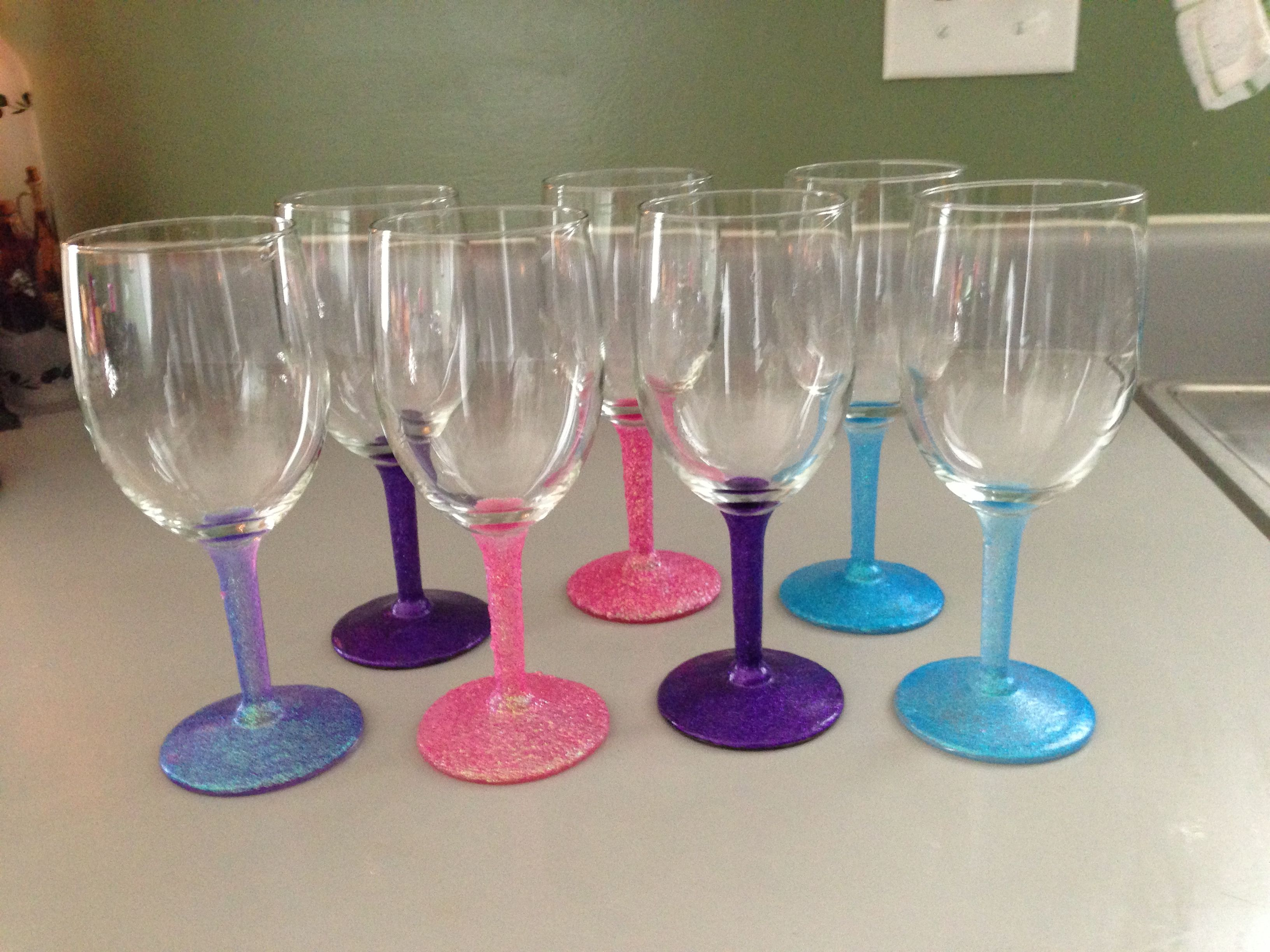 Wine glasses glitter mod podge wine glasses How to make wine glasses sparkle