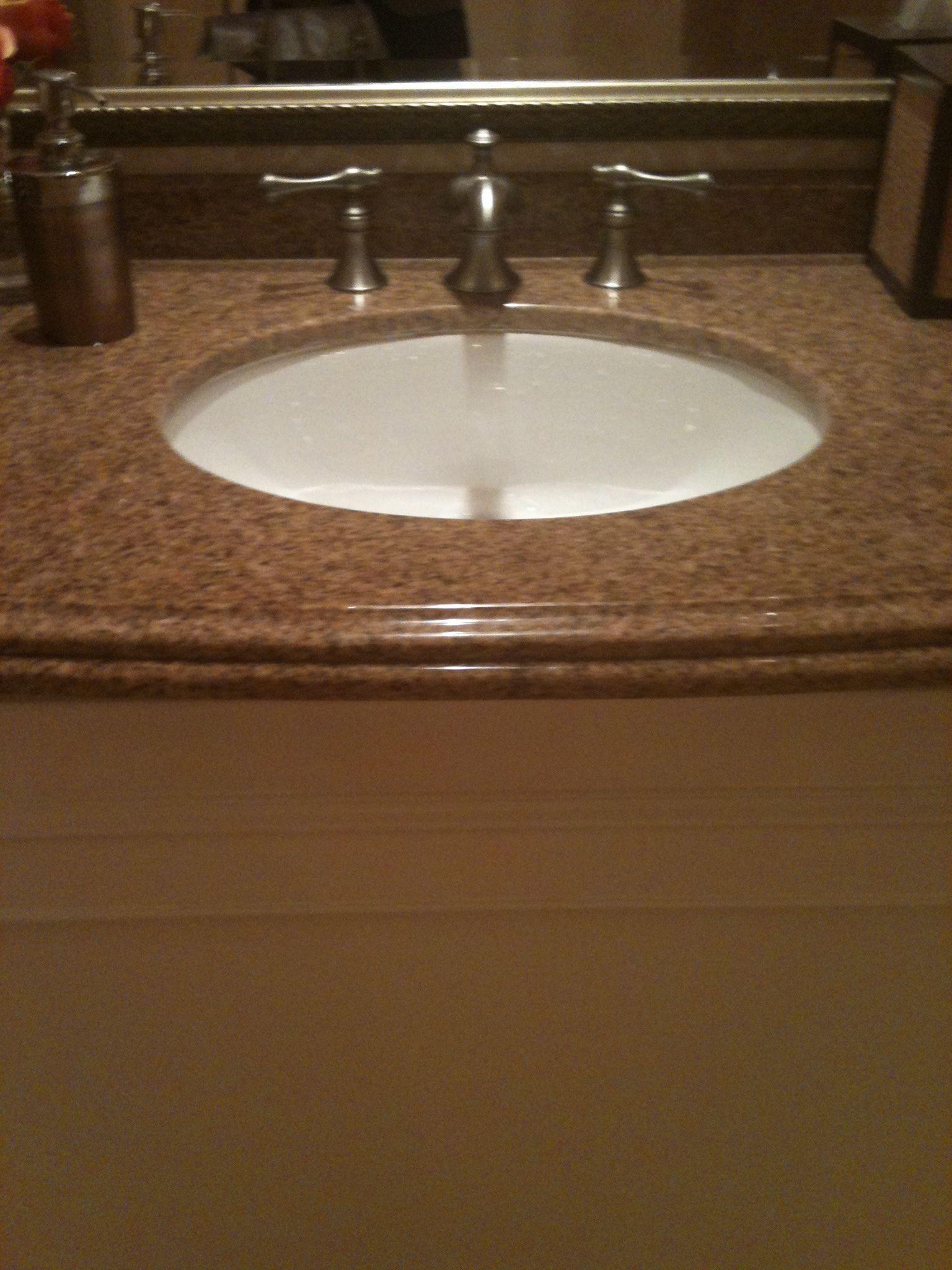White Undermount Sink : white undermount sink bathroom inspiration Pinterest