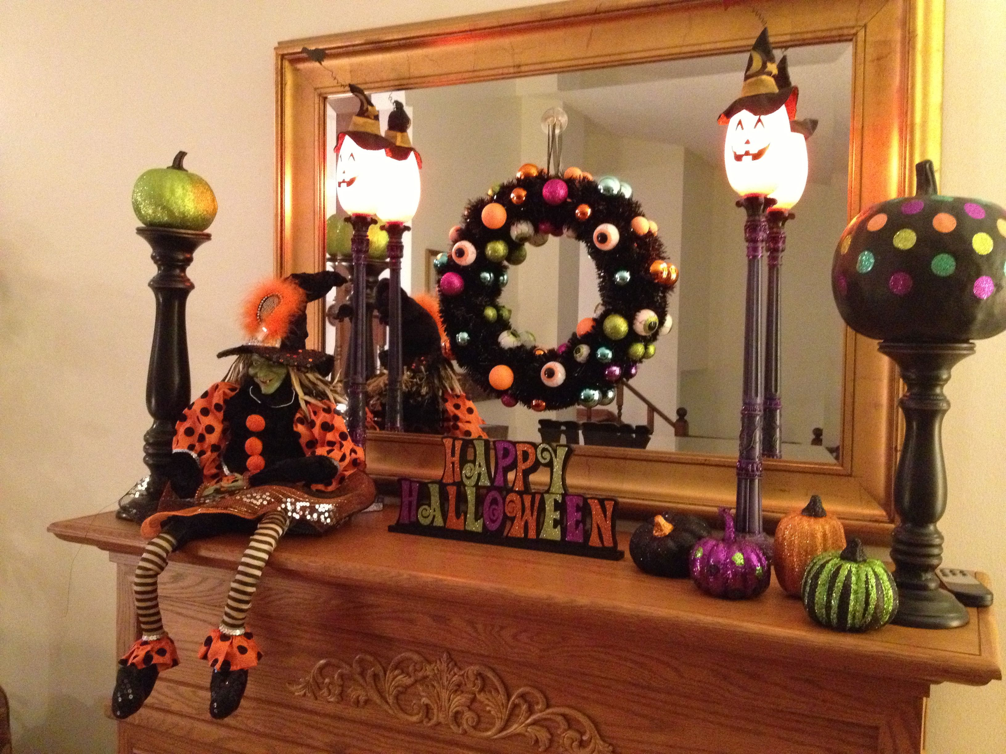 Halloween fireplace mantle decor holidays pinterest for How to decorate your fireplace for halloween