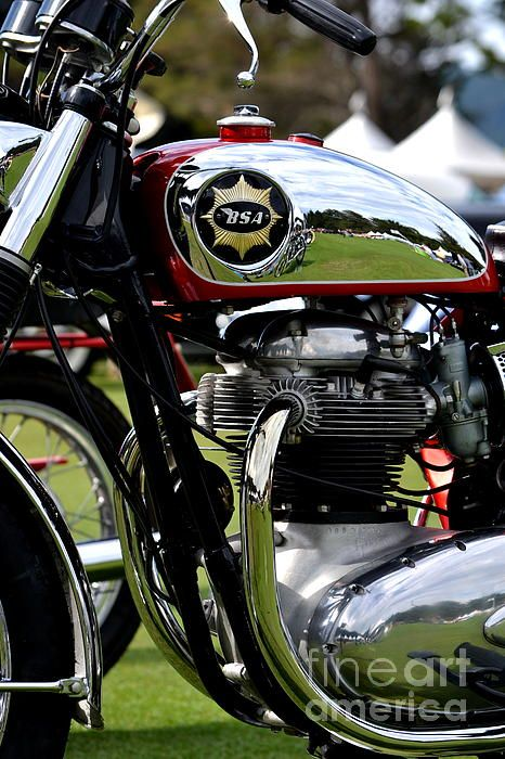 5 Best Classic British Motorcycles