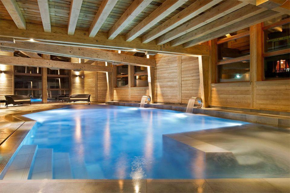 Beautiful indoor pool area metamorphosis organic day for Spa swimming pool