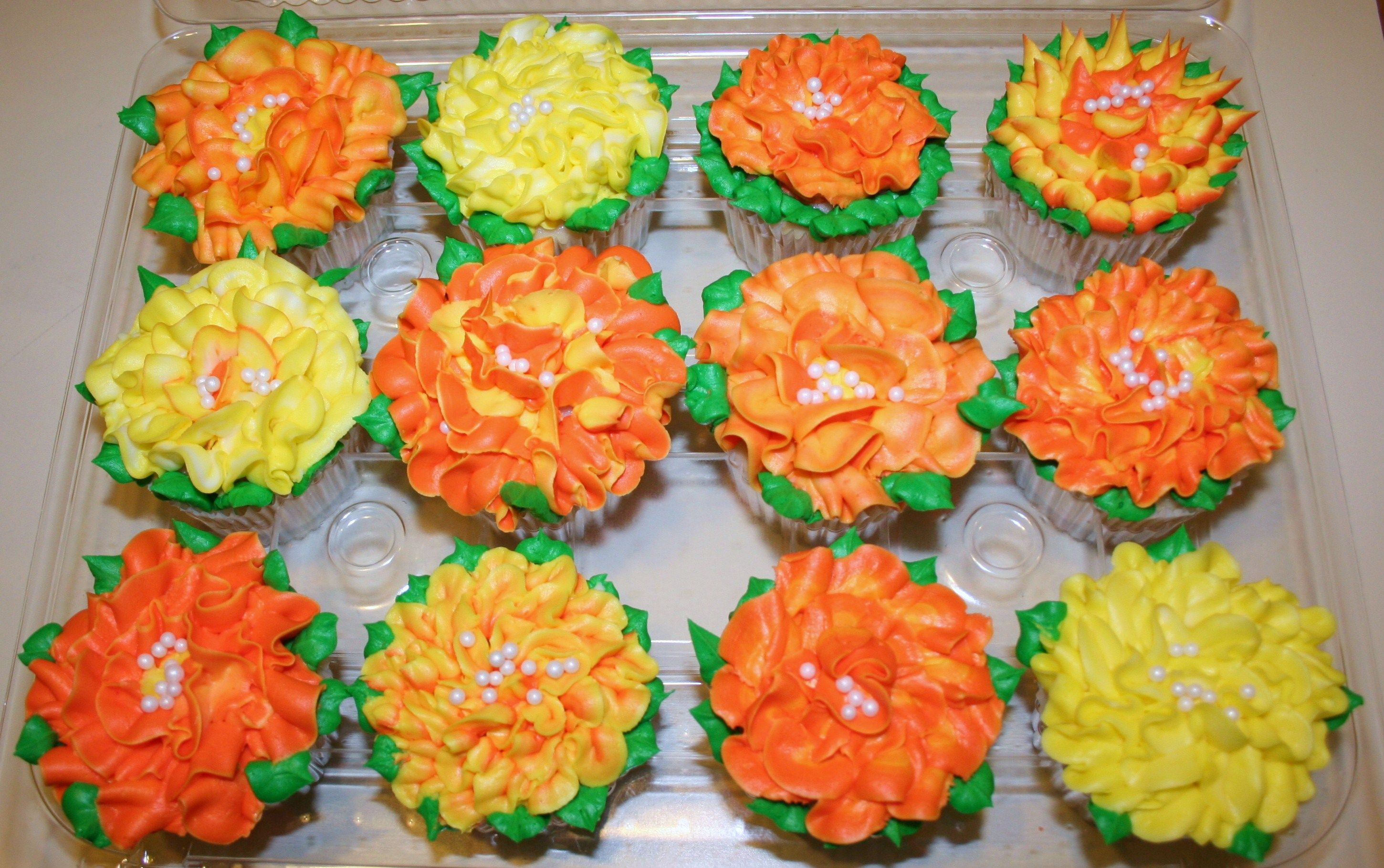 Fall Flower Cupcakes CUPCAKES