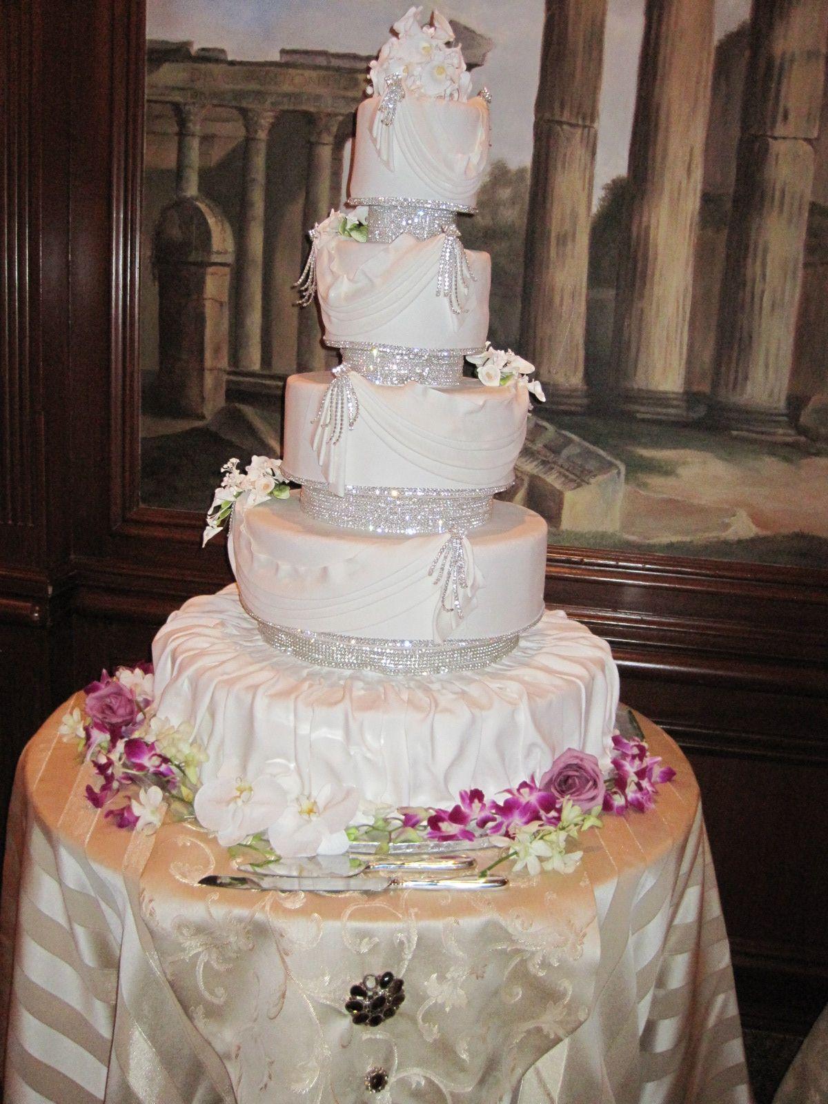 fancy wedding cake Wedding Things