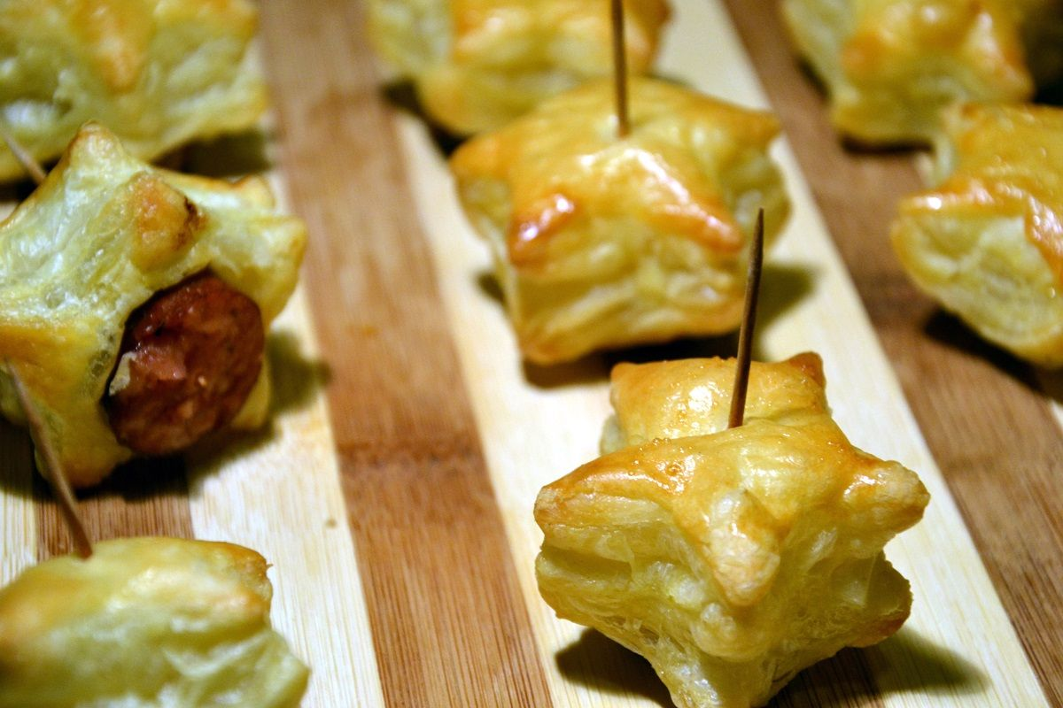 Puff pastry & sausages | Puff Pastry | Pinterest
