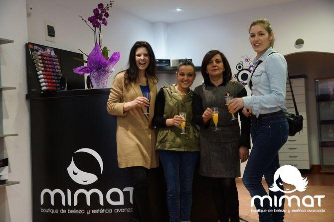 La actriz, Isabel Naveira, nos acompañó en la apertura del MIMAT en Arteixo