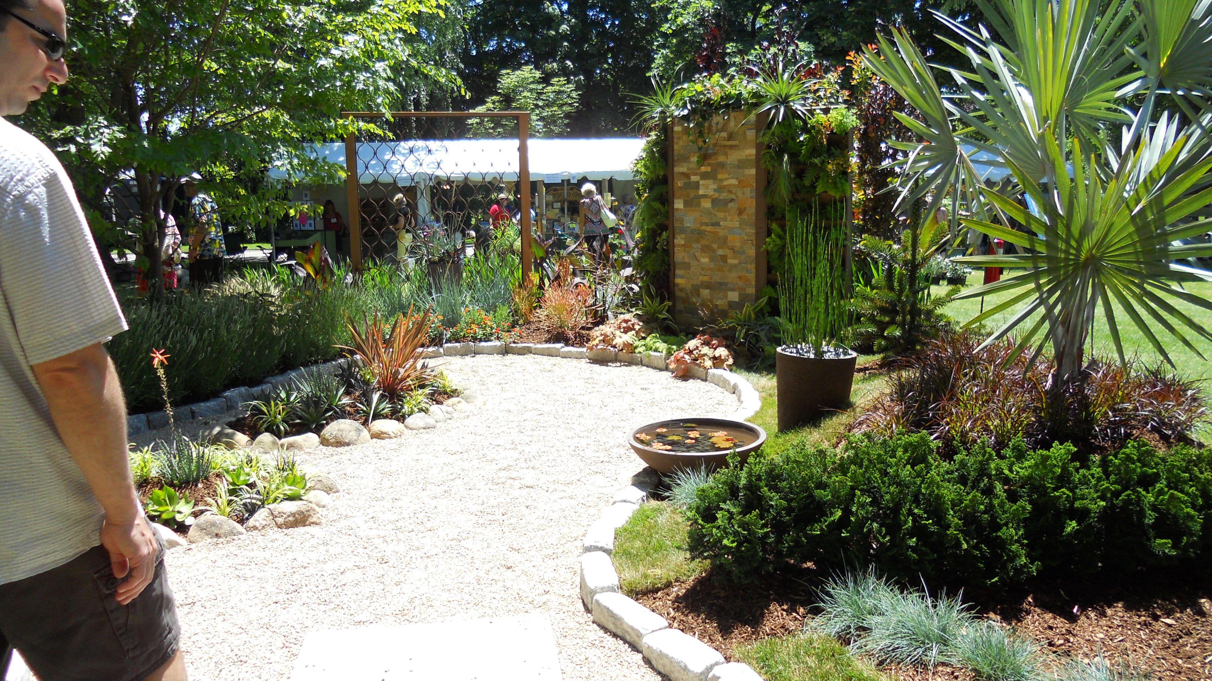 Garden flower garden ideas pinterest for Garden designs pinterest