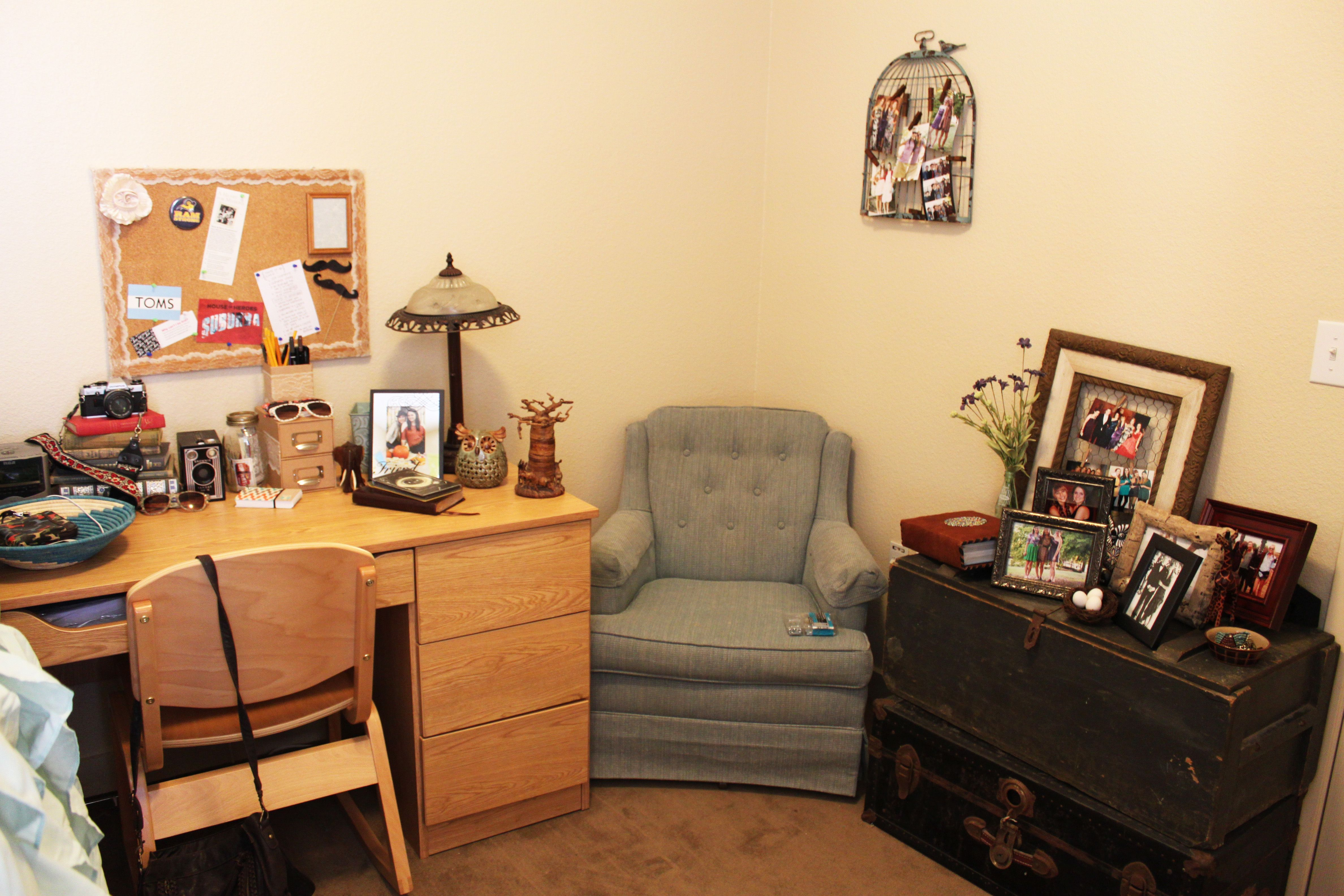 College dorm room #trunks | College Life and Beyond | Pinterest