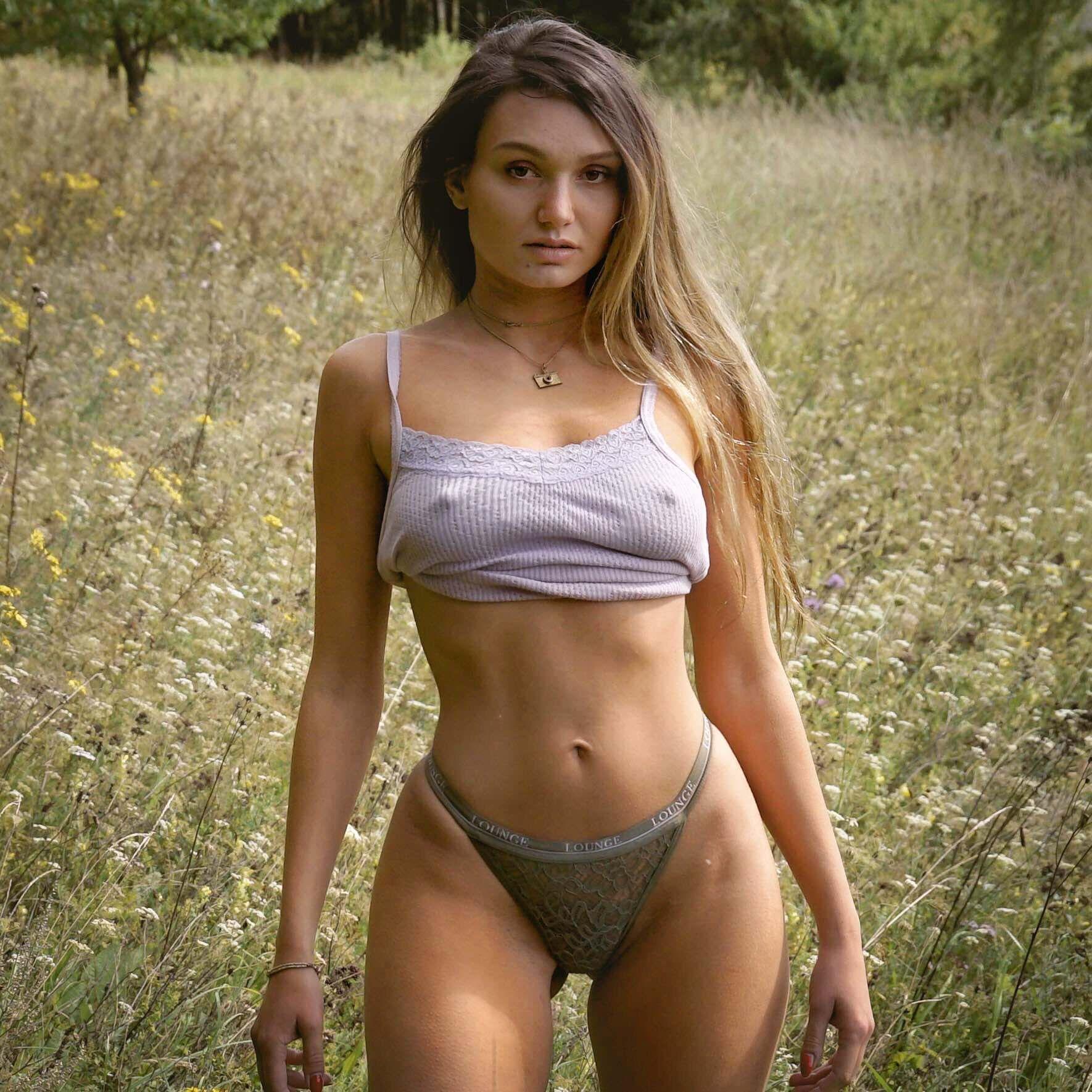Обнаженные Молоденькие Русские Девушки