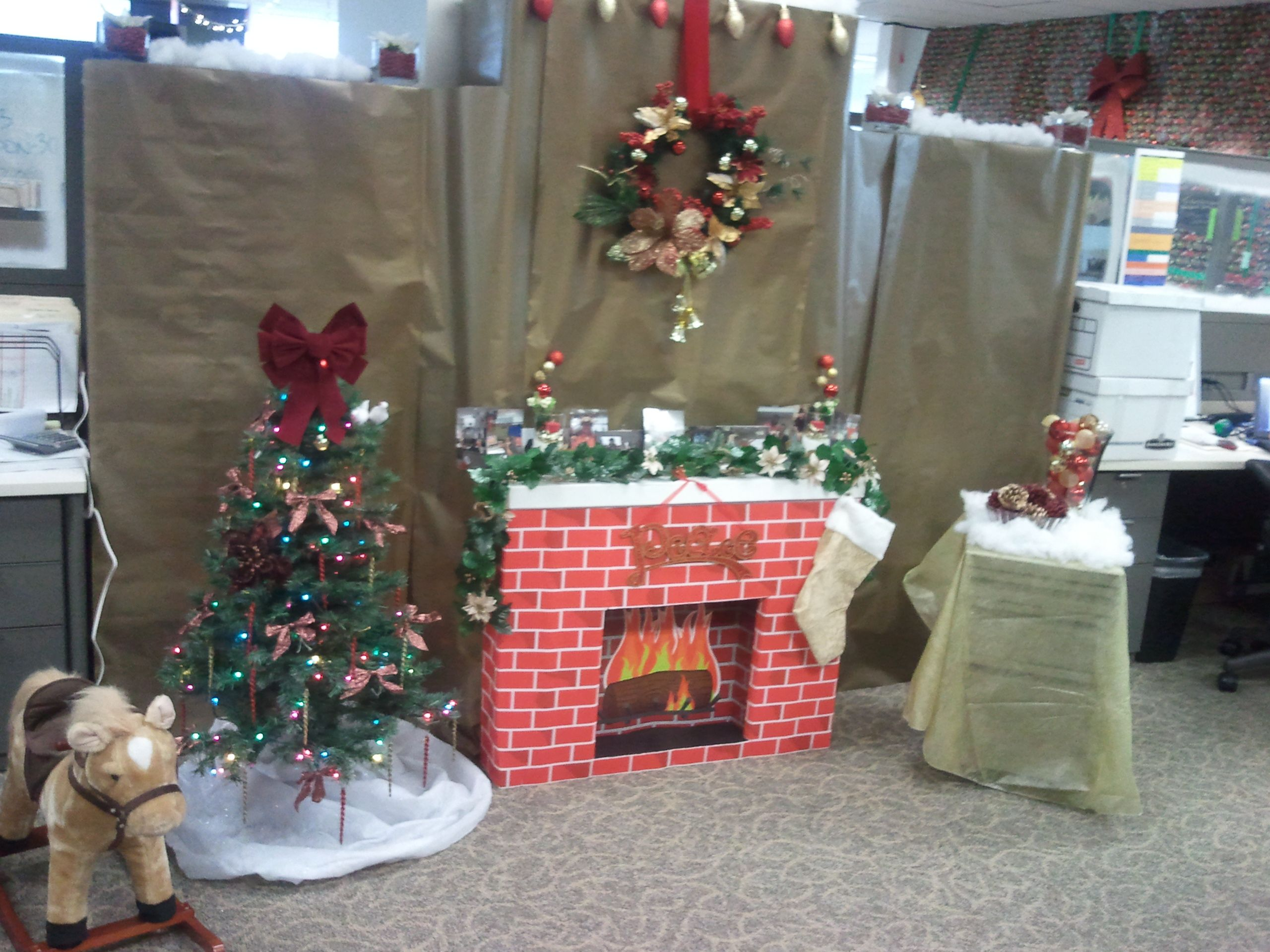 Christmas office decor christmas fayre pinterest for Office christmas decorations