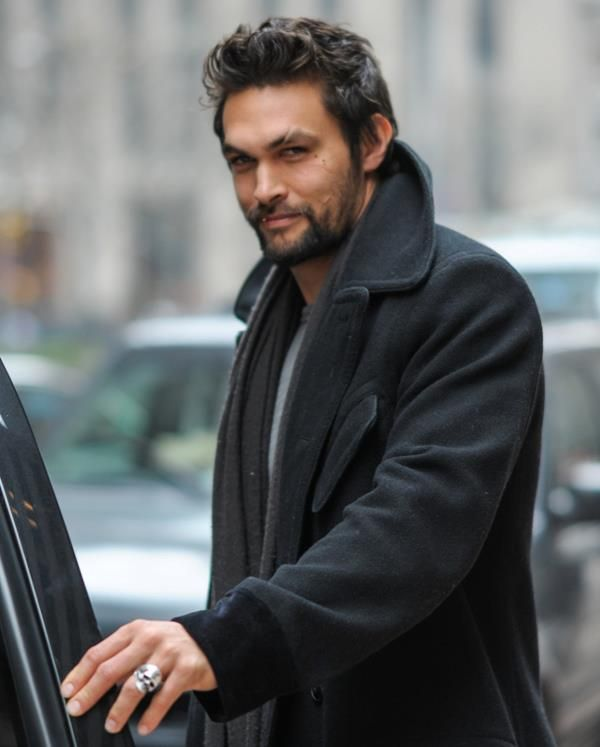 Jason Momoa..that Eyebrow..mmm