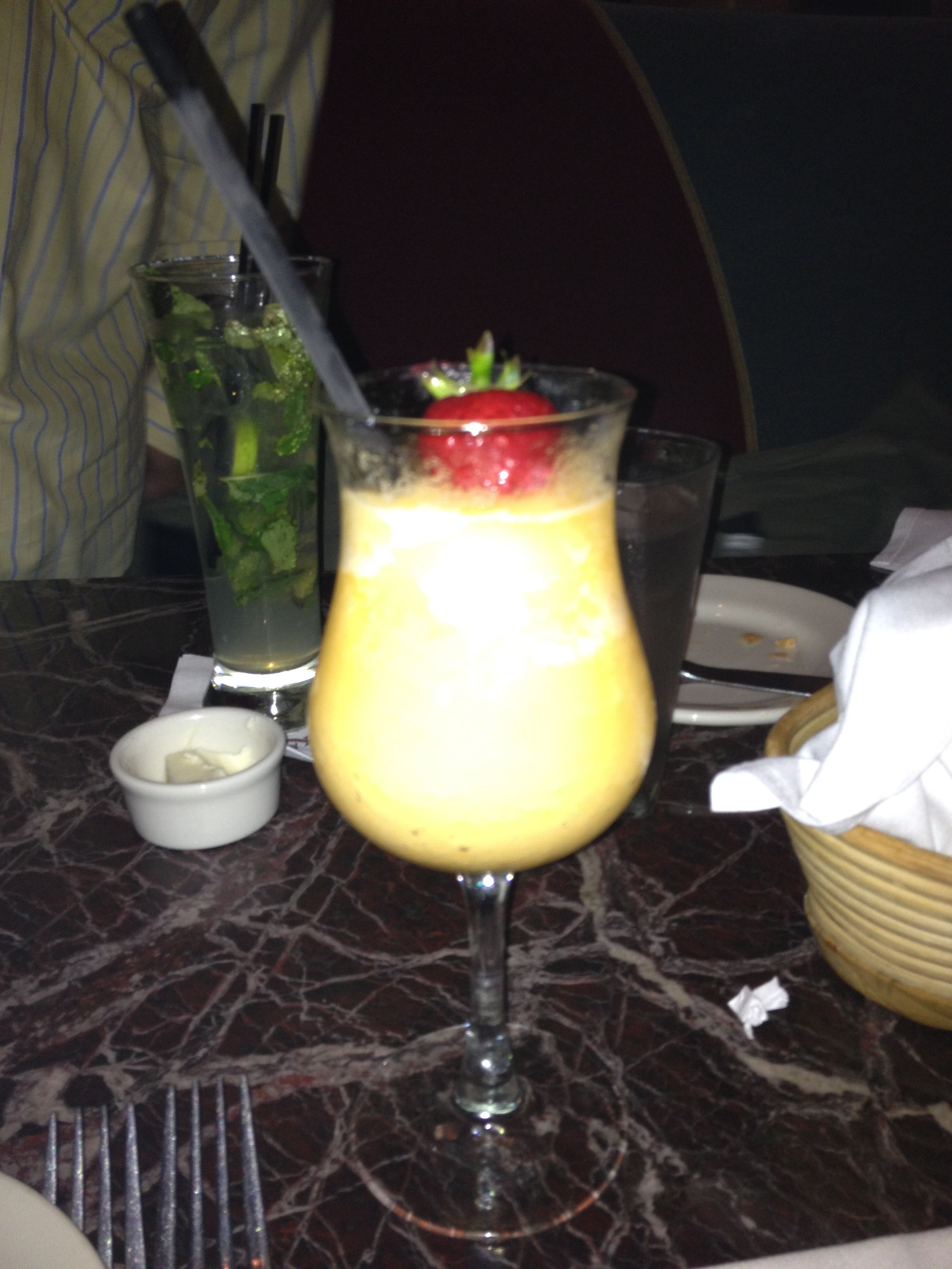 peach mimosa | I'll drink to that | Pinterest