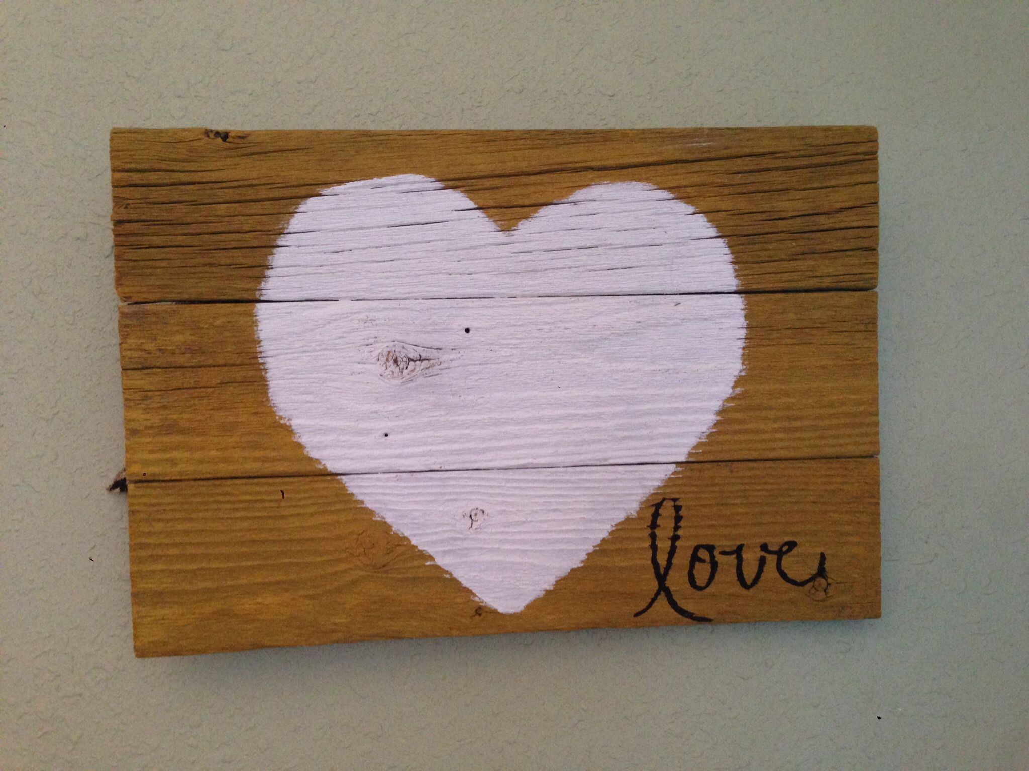 Old barn wood crafts things i 39 ve made crafts pinterest for Old barn wood craft projects