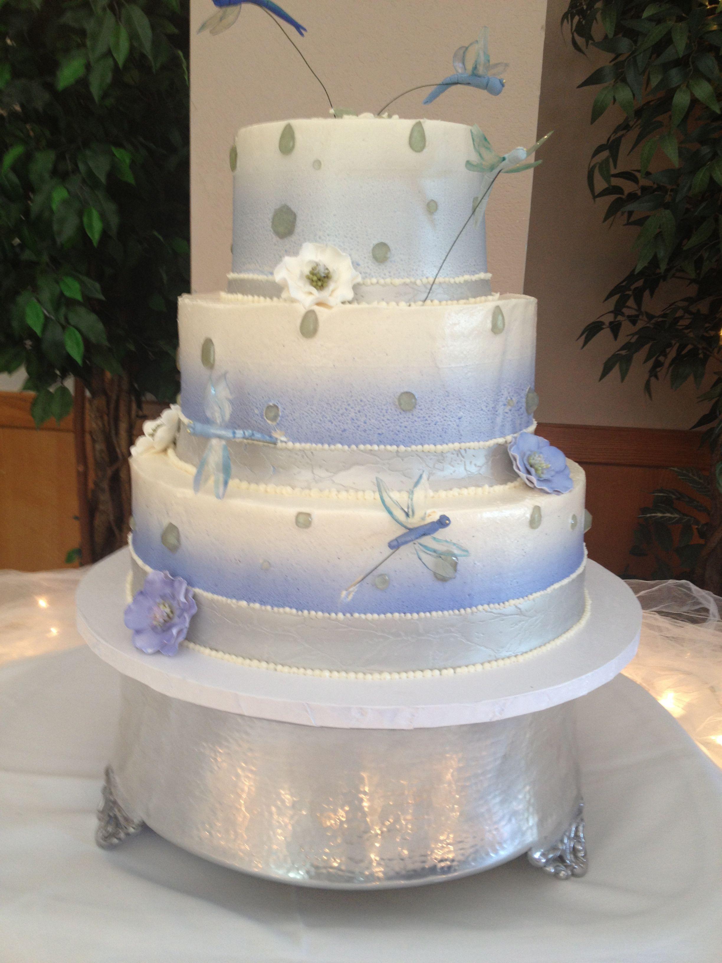 dragonfly wedding cake
